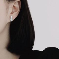(92.5 silver) pineapple earring