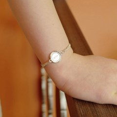 vintage round bracelet