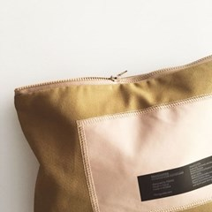 everyday patch on pouch_earth brown