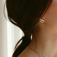 heart motif earring