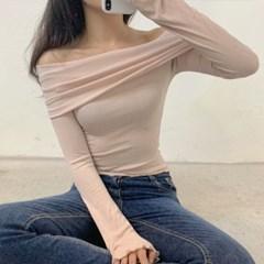 프릴 물결 오프숄더 니트 티셔츠