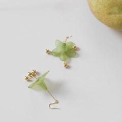 darling flower earrings (green)