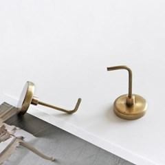 [fog linen] brass magnet hook