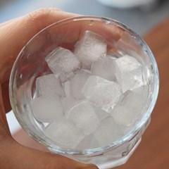 일본 미니 얼음 트레이 (78구) 뚜껑 포함