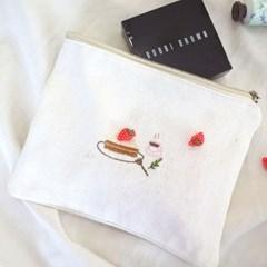 오동통 딸기케이크 자수 파우치 DIY KIT