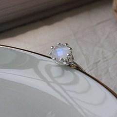 레인보우문스톤&래브라도라이트 화이트 왕관 반지(2type)