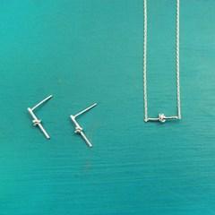 [하우즈쉬나우] Silver Basic Rope Necklace (사랑의 매듭 네크리스)