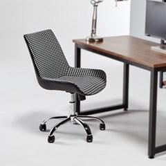 타지키 디자인 회전 의자_(1244694)