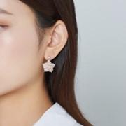 송석 플라워 귀걸이