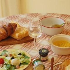 BUTTER pie carrot table mat 버터파이 캐럿 테이블 매트