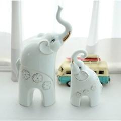 서있는 길쭉 코끼리 2P