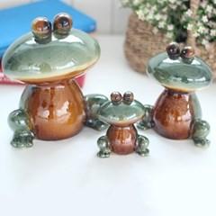 눈큰 개구리 3P