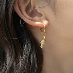 gold grape earrings