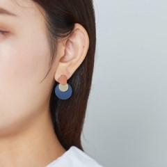 골드 컬러 동그라미 귀걸이