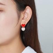 하트 패브릭볼 귀걸이