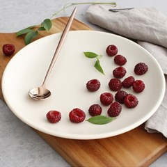 Ecrins 원형 접시 중