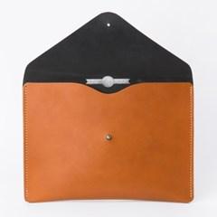 Envelope Clutch in London Tan