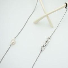 Triple link pearl glasses chain