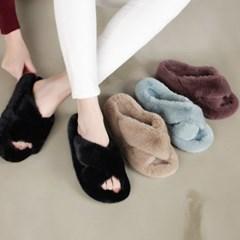 kami et muse Wide cross strap rich fur slippers_KM19w109