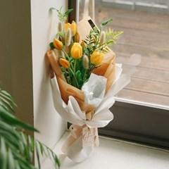 오렐리 튤립 꽃다발-졸업축하,플라워,조화부케,고백,이_(100852029)