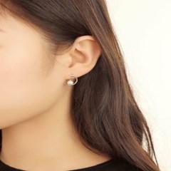 살롱 드 라템 반달 진주 귀걸이_실버(AGIS9C07BBWW)