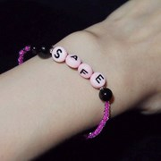 pink_blk_ini 이니셜 비즈팔찌 블랙핑크