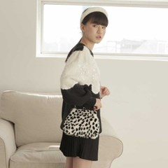[11/20 예약발송]Amelie frame bag_cheetah (white)