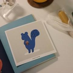 POSTCARD. 파란 다람쥐