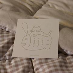 POSTCARD. 고양이와 붕어빵