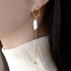(92.5 silver) baroque pearl drop earring