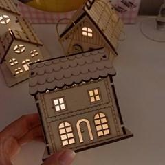Wood House Lamp Onarment 나무집램프오너먼트