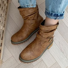 kami et muse Loose fit belted boots_KM19w252