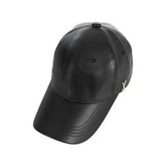 스터드 로고 레더 오버핏 볼캡 블랙