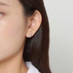 미니 클로바 큐빅 귀걸이