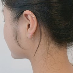 'B type' ear-cuff