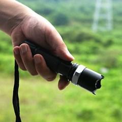 야외용 LED 줌 후레쉬/등산 낚시 캠핑용 랜턴 손전등