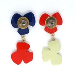 토이액세서리 핸드메이드 식물원 귀걸이 - Toy accessory