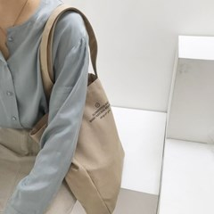 square canvas bag ( brown )