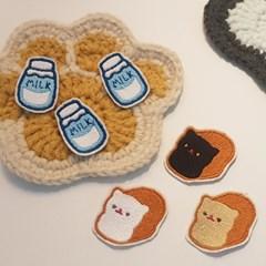 고양이 식빵 우유 뱃지 세트