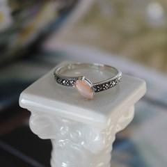 핑크 자개 오블리크 반지