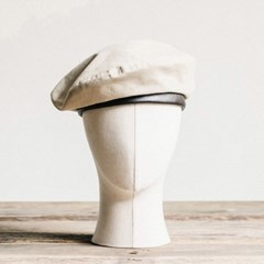 BS OXFORD FLAT BERET (ivory)