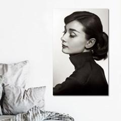아름다운 사람 오드리햅번 흑백사진 캔버스액자
