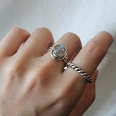 래브라도라이트 오벌 쉐잎 반지