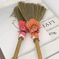 도일리 포인트 미니 빗자루(4color)_(1927938)
