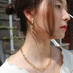 bold layering necklace