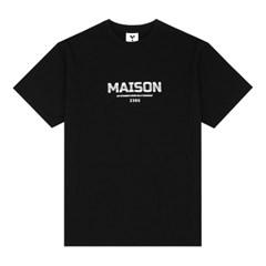 23.65 MAISON LETTER LOGO HALF T-SHIRTS BLACK