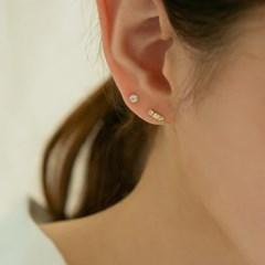 14k gold rough stick earrings (14K 골드)