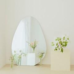 몬드(MOND) 거울 L