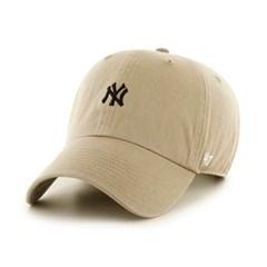47브랜드 스몰로고 NY 양키스 클린업 카키 / KHA