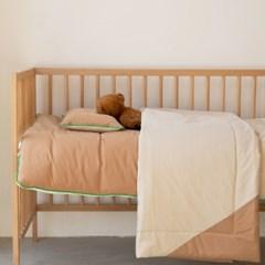Wonderland Comforter
